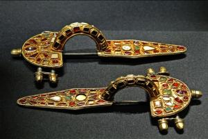 Немецкая фибула 5-го века